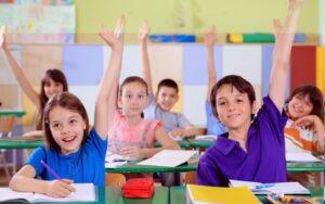 Anak Dengan Belajar Bahasa Inggris
